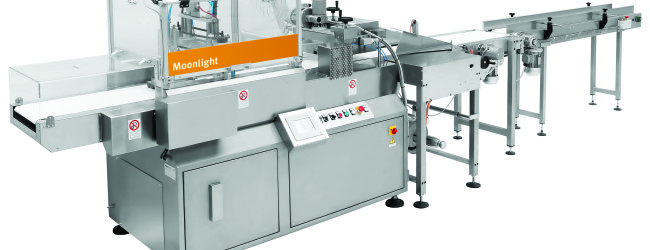 Moonlight at Fakuma: the ideal solution to wrap plastic and cups dishes tray