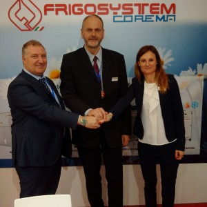 Alessandro Grassi, general manager of Frigosystem, Franz Decker, general manager of the German office and Miriam Olivi, general manager of Go Trade chinaplas