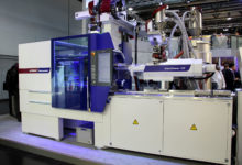 WITTMANN BATTENFELD presents servo-hydraulic SmartPower with automation in Moscow