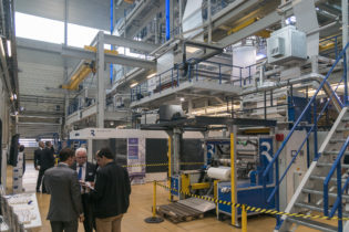 Reifenhäuser Open House: technology know-how for production with biopolymers