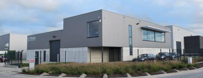 Negri Bossi signs agency agreement with CS Plastics